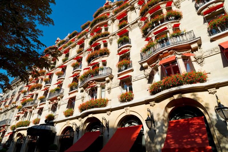 facade Hotel Plaza Athenee